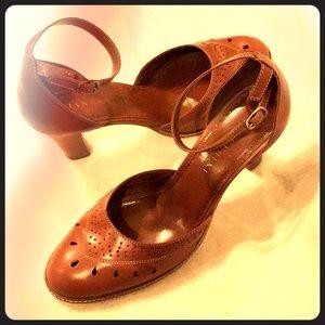 """Gianni Bini Brown Leather 3"""" Heels 9.5"""